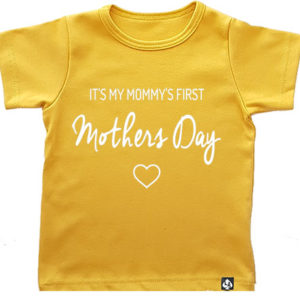 baby tshirt first mothersday okergeel